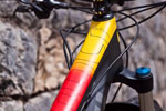 Devinci Atlas Carbon: Geel, rood en snel.