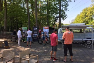 Zondag 8 mei: Wielrennen kijken… in een mountainbikemuseum!