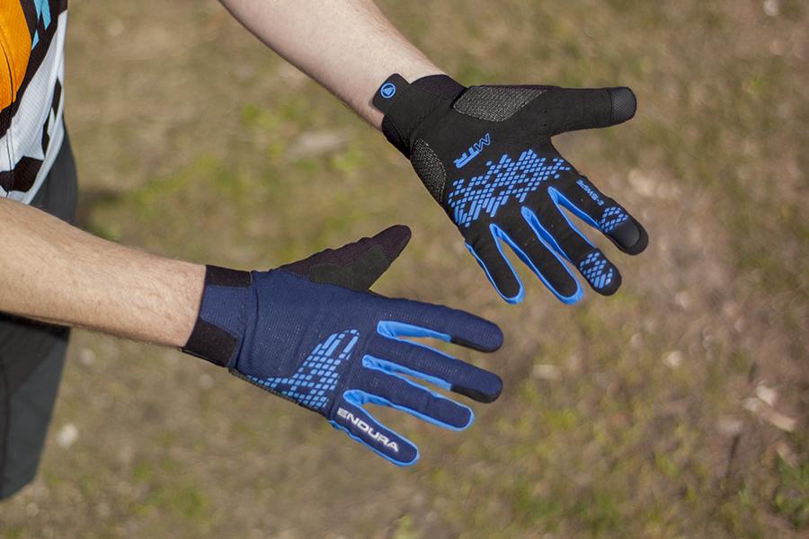 handschoen want ineen