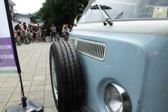 Mountainbike Museum: Bussen, Bikes en BBQ-en