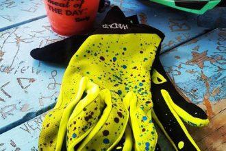 Luid en duidelijk: Handup handschoenen