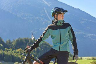 Aangetrokken: Ion Traze Select Hybrid Jacket