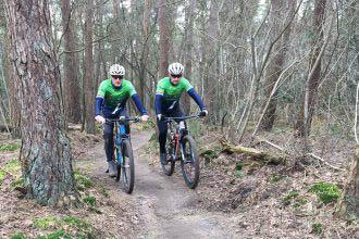 Sinds kort een team: Henk en Jeroen vormen het Bushbikers-Bikes4You-team voor de Absa Cape Epic 2020