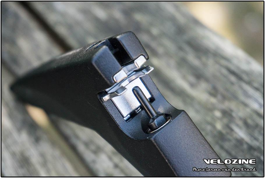 Damselfly kettingpons - slim ontwerp