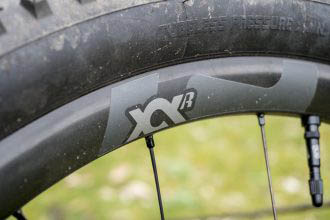 Review: E*Thirteen XCX IW24 carbon wielset