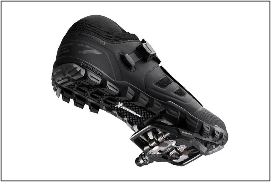 Shimano PD-ME700 met schoen