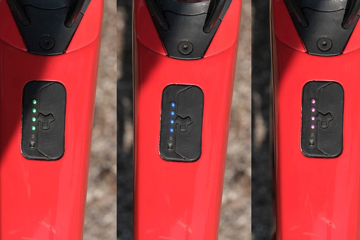 Trek Domane+ LT fX tiptoets remote op bovenbuis