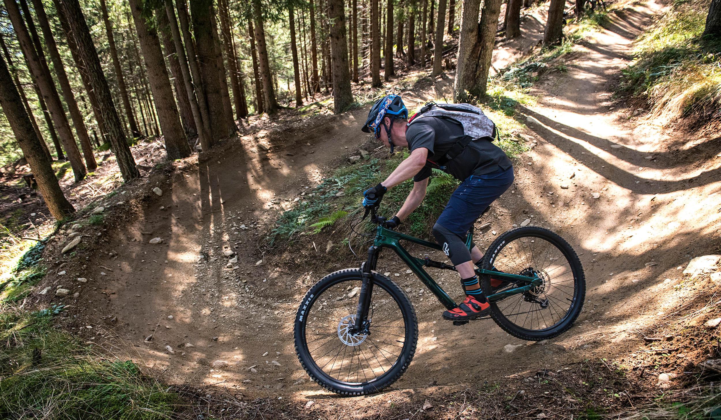 Mark test de Cannondale Habit 3 in Bikepark Mutters