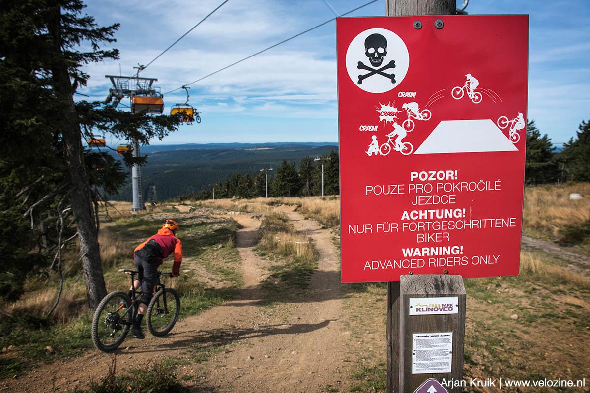 Trailpark Klínovec. Zou de jumpline gevaarlijk zijn?