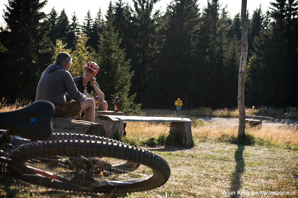 Even nagenieten van een topdag in de trailparken van Klínovec en Plešivec. Uiteraard met een lekker Tsjechisch biertje erbij.