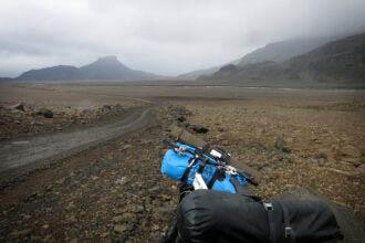 Spotcheck bikepacking | Off-road in IJsland: fietsen en vissen op een vulkaan