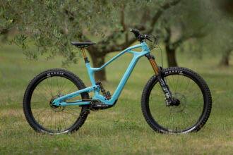 Hollandse Nieuwe: Instinctiv M Series trailbikes mét Pinion gearbox