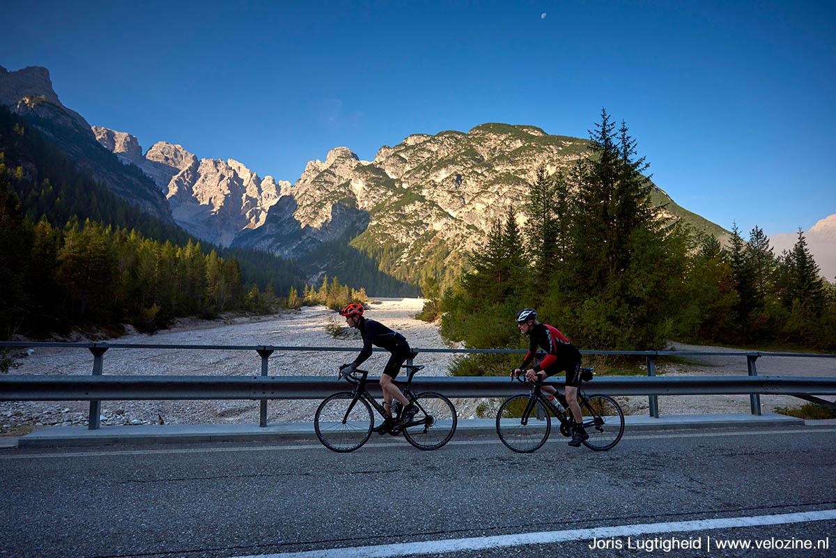 Ponte de la Marogna: grensbrug tussen Zuid-Tirol en Trentino. En tevens de grens tussen Duits en Italiaans.