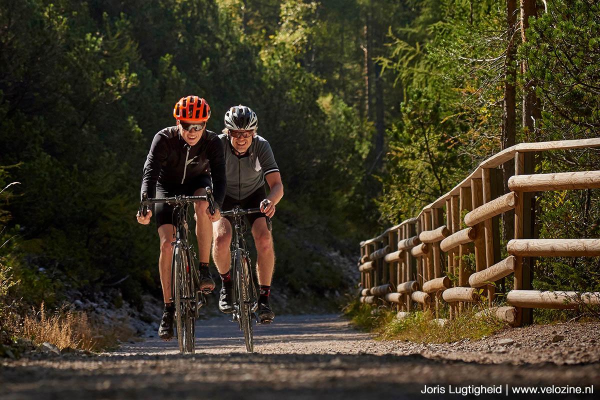 Gravelen met een gewone racefiets? Het gaat. Een gravelbike is op de grindpaden van Valle d'Ampezzo beter op z'n plek.