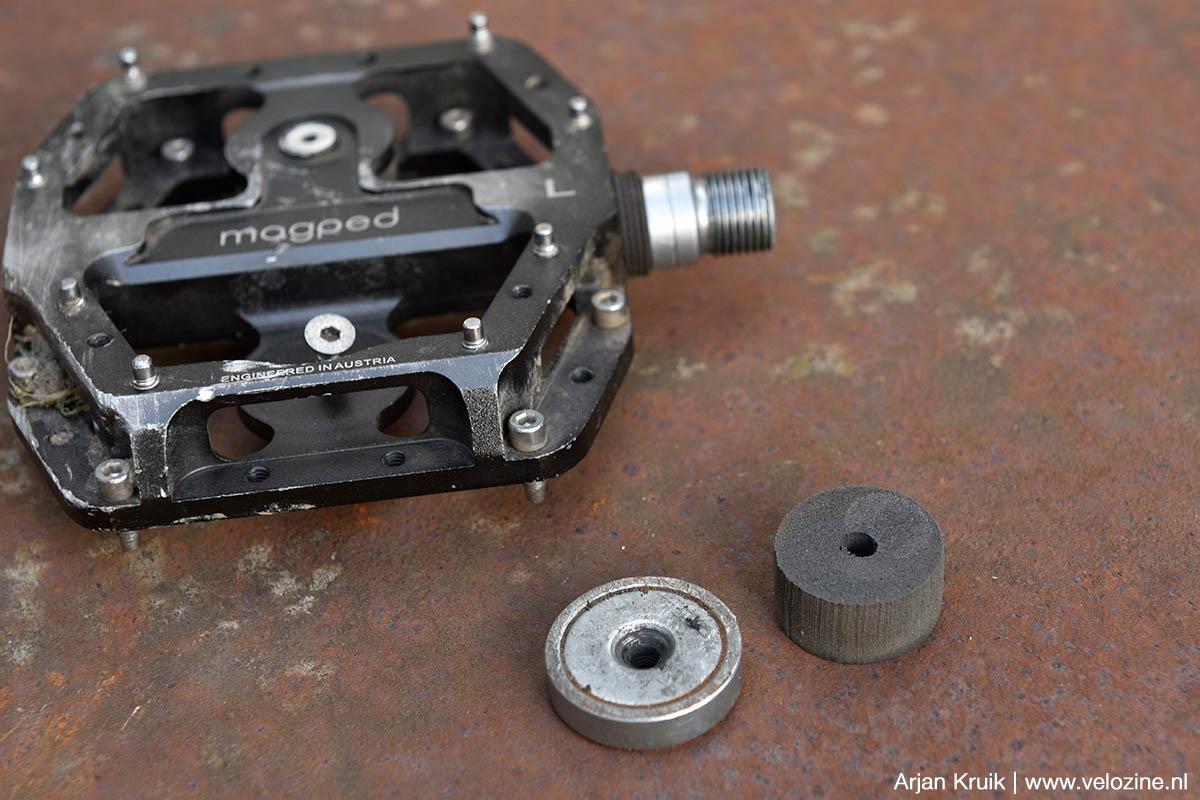Magped Enduro platformpedalen met magneten. Je hebt zelf de keuze tussen sterke of nog sterkere magneten