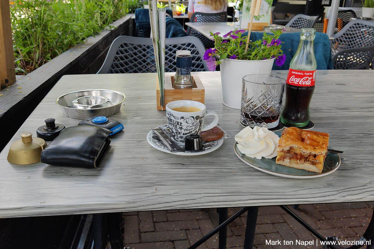 Green Divide gravelroute appelgebak en koffie